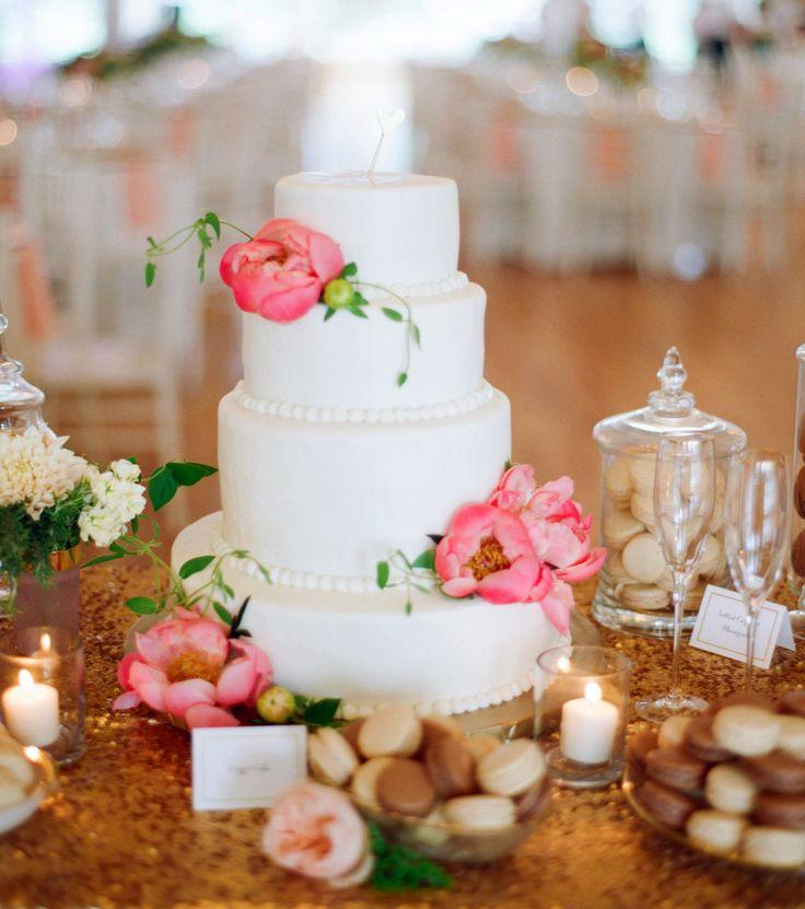 Wedding Cake | Photography: Emily Steffen - emilysteffen.com
