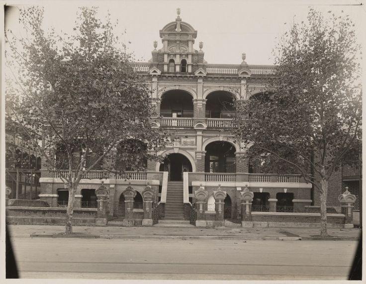 BA533/119: Esplanade Mansions, Bazaar Terrace, Perth, 1925.  https://encore.slwa.wa.gov.au/iii/encore/record/C__Rb1922881