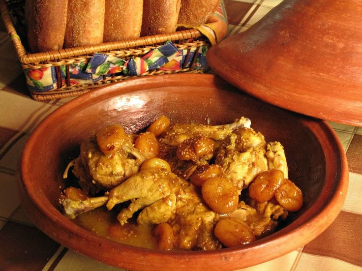 Chicken and Apricots Tagine