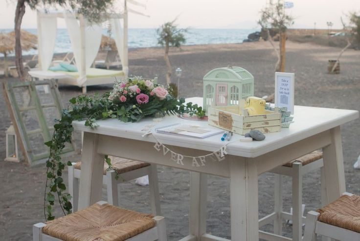 Beach setting for guest book!