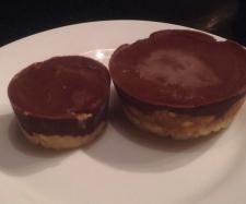 Raw paleo snickers