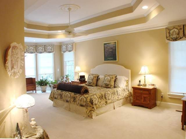 I Love How They Painted This Tray Ceiling And Added The Crown Molding To Make It More Elegant
