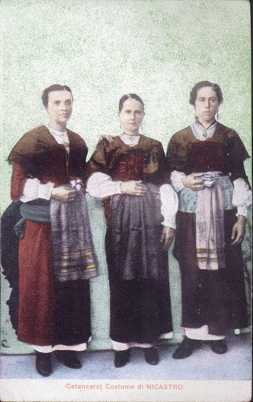 Calabria Nicastro Costumi Femminili   #TuscanyAgriturismoGiratola