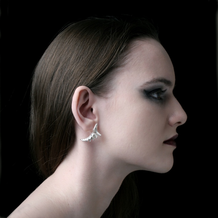 Earrings in sterling silver, made by Jewellerydesigner Ailin Roelvaag.