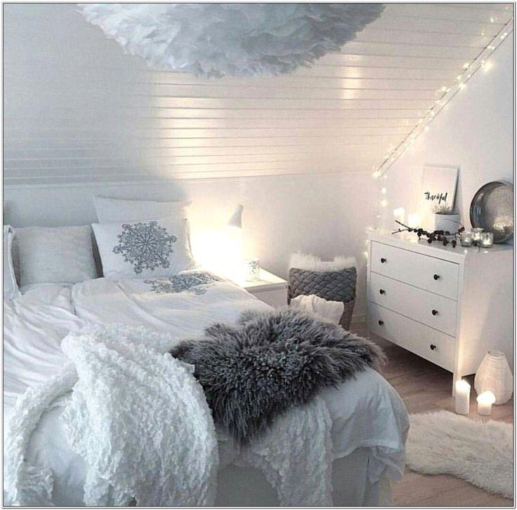 Cute Living Room Ideas Bloxburg in 2020 | Bedroom design ...