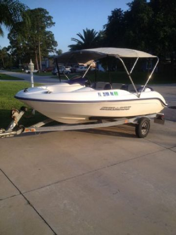15 feet  2001 Sea-Doo Challenger Jet Boat , White/blue for sale in Edgewater, FL