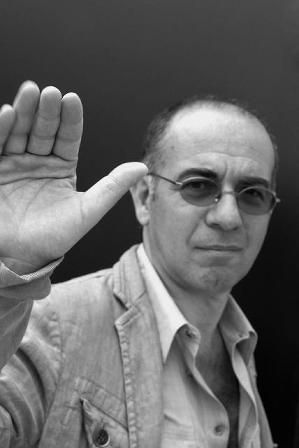 Giuseppe Tornatore (May 27, 1956) Italian filmdirector who won an Oscar for his movie 'Cinema Paradiso' in 1988 for best foreign movie.