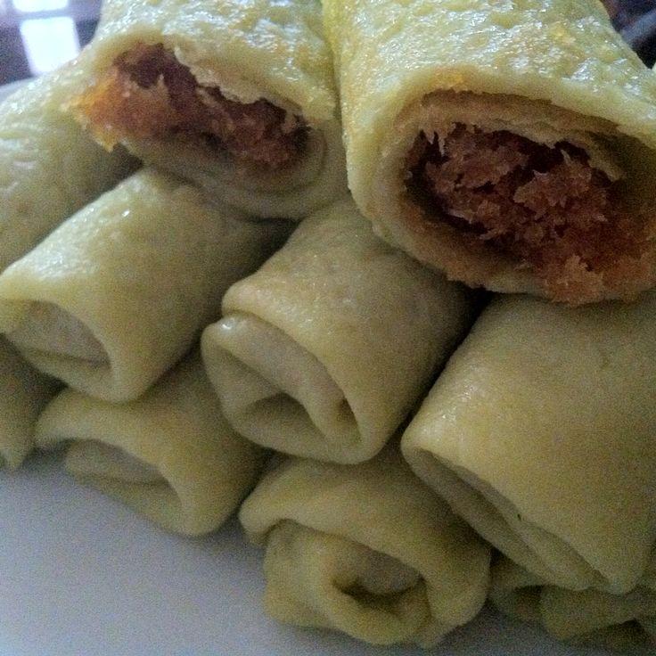 Dadar gulung, my favorite Indonesian sweets