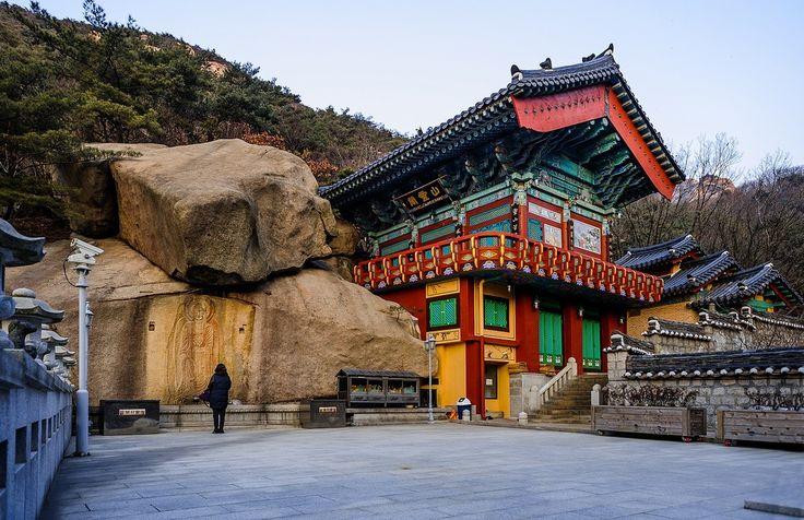 Гора Пукхансан в Сеуле. Южная Корея. Фото / South Korea