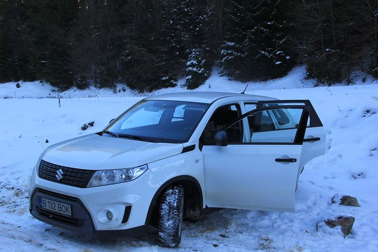 If you're planning a trip to the Romanian mountains, then you need a good car by your side. And Suzuki Vitara would make an excellent choice for such a trip. One amazing SUV, sturdy, powerful and very precise.