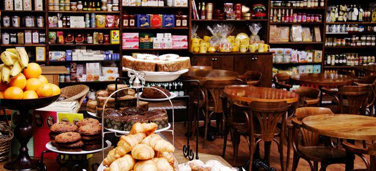 Le Gourmand Cafe. Spadina/Queen.