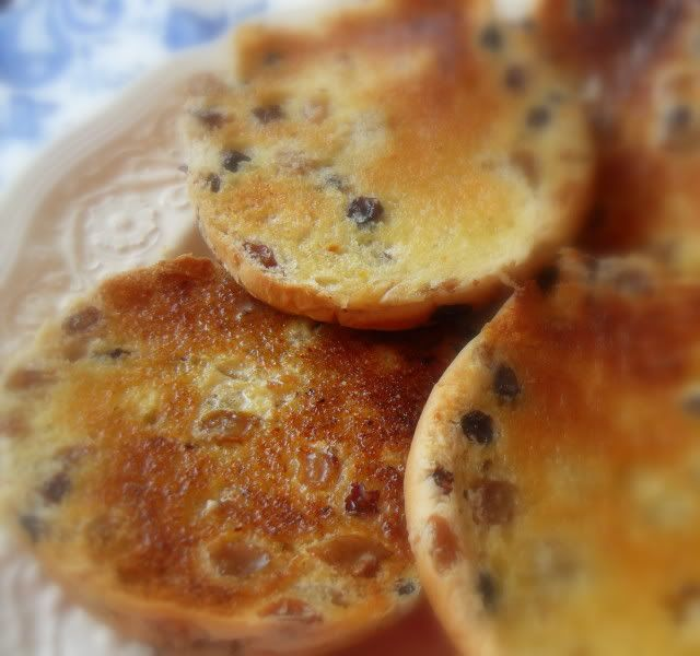 The English Kitchen: Toasted Teacakes. I am the only running footmen, Martha Grimes