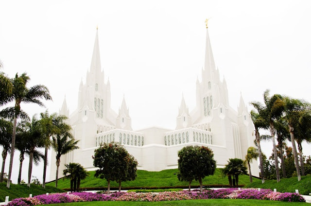 San Diego, California LDS Temple Pictures  We love Temples at: www.MormonFavorites.com