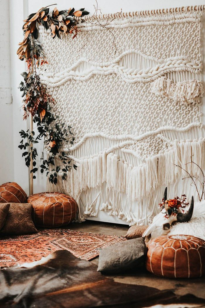 Romantic Southwestern inspired wedding ceremony inspiration | Image by Monique Serra Photography