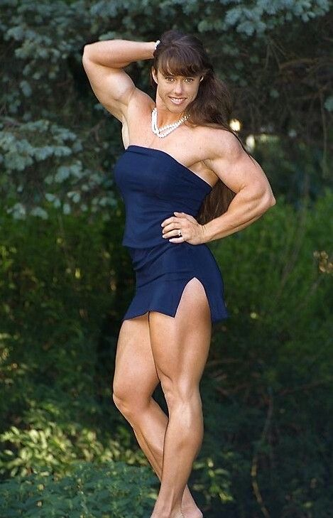 muscle nude woman