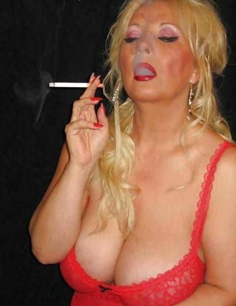 Sexy mature smoking pics the