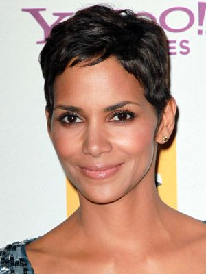 Google Image Result for http://www.dailymakeover.com/appImages/galleryImages/women_celebrity_hairstyles/Halle_Berry%2BOct_25_2010.jpg