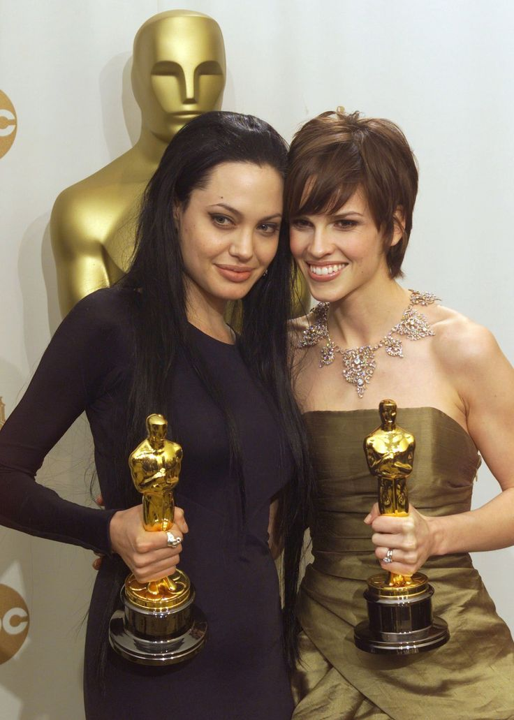 Angelina Jolie & Hilary Swank @ Academy Awards 2000