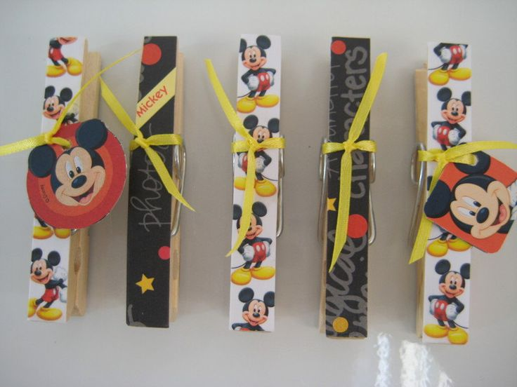 Wooden Clothespin Magnets Disney Mickey Mouse por TurtleLoveLee
