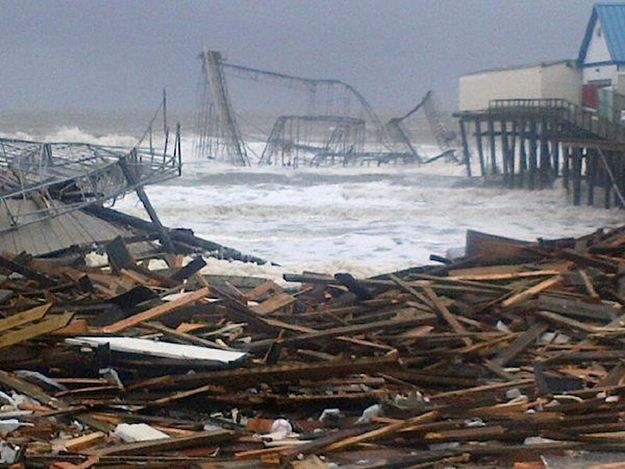 Seaside Heights | 25 Incredible Pictures Of Hurricane Sandy's Destruction In New Jersey