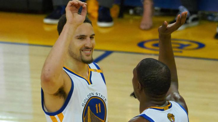 WATCH: Warriors set NBA Finals record for 3-pointers with 18 in Game 2 - CBSSports.com