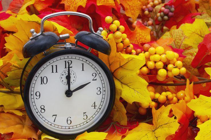 Nezapomeňte si ze soboty na neděli nastavit správný čas na všech zařízeních! Návrat k středoevropskému času nastane 25. října 2015 z 3:00 na 2:00 hodin.   #Klimatizace #TepelnaCerpadla #Samsung #KlimatizaceSamsung #Czechklima