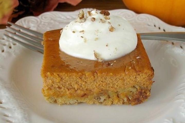 pumpkin pie bars | Desserts/snacks | Pinterest