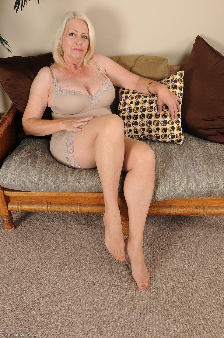 15 36d boob girl old year