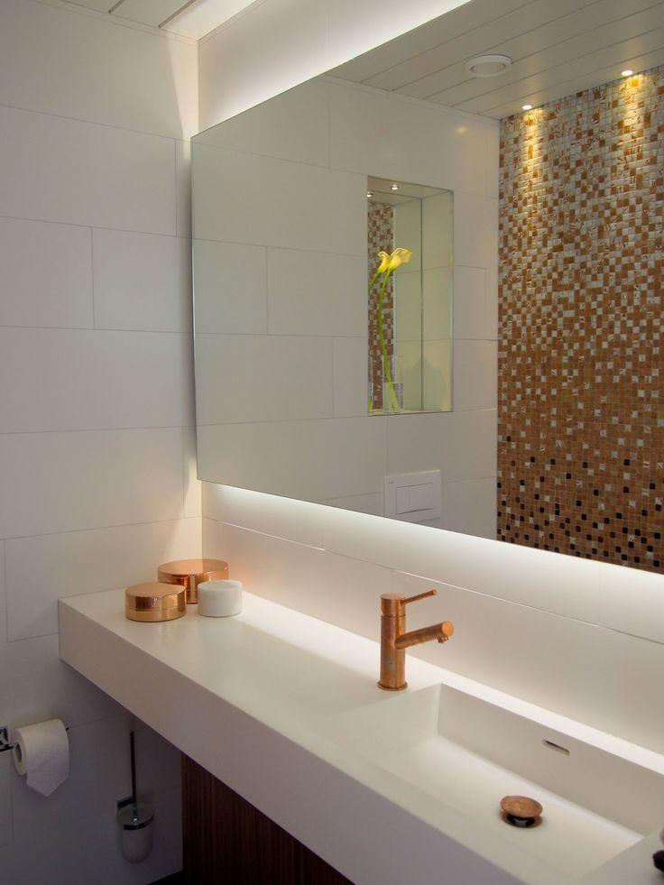 Villa Kapee Bathroom, toilette, ombre mosaic copper-white. 2015 Hanna-Marie Naukkarinen - interior architect. #asuntomessut2015
