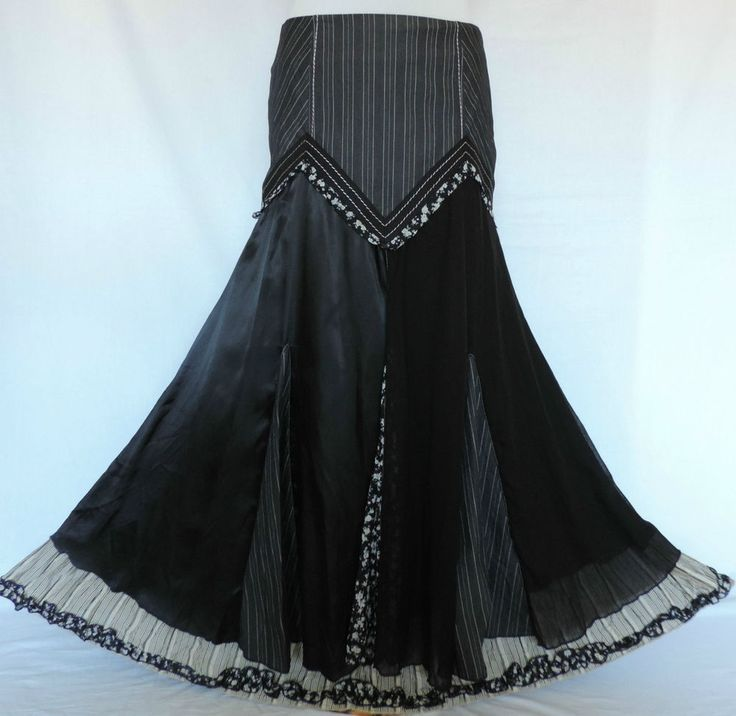 Amazing combinations of grey pinstripe cotton, plain black lawn cotton, black & white floral cotton. This skirt byPer Una Collezione Italia is quite sensational. Lovely quality as expected from Per Una ! | eBay!
