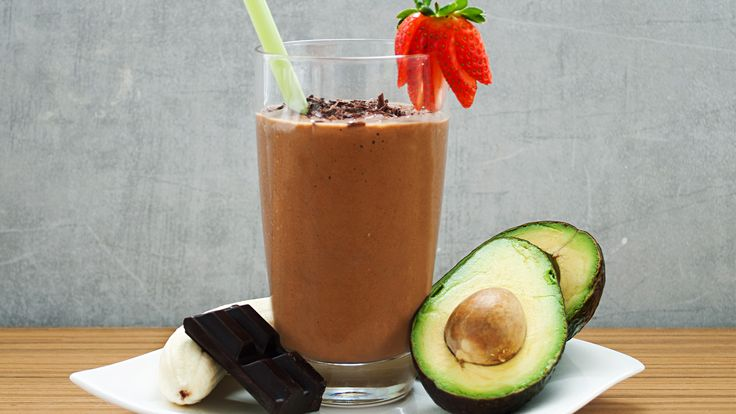 Ingredients 1 avocado, peeled and pit removed 2 tbsp (30 ml) cocoa powder 1 ½ cup (360 ml) almond milk 2 tbsp (30 ml) maple syrup 1 medium banana, frozen Directions Add all ingredients to a food processor or blender and blend until smooth. Adjust thickness with almond milk, if necessary. Enjoy!