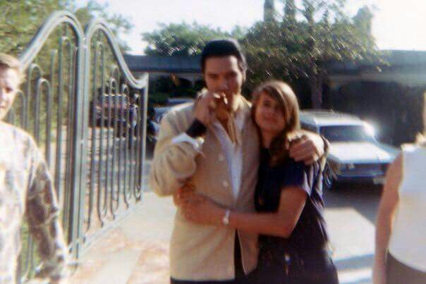 July 15, 1968 Elvis with fans Hillcrest Home