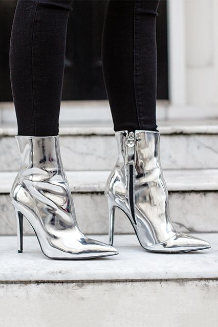 High Heeled Boot from Kurt Geiger in metallic Silver