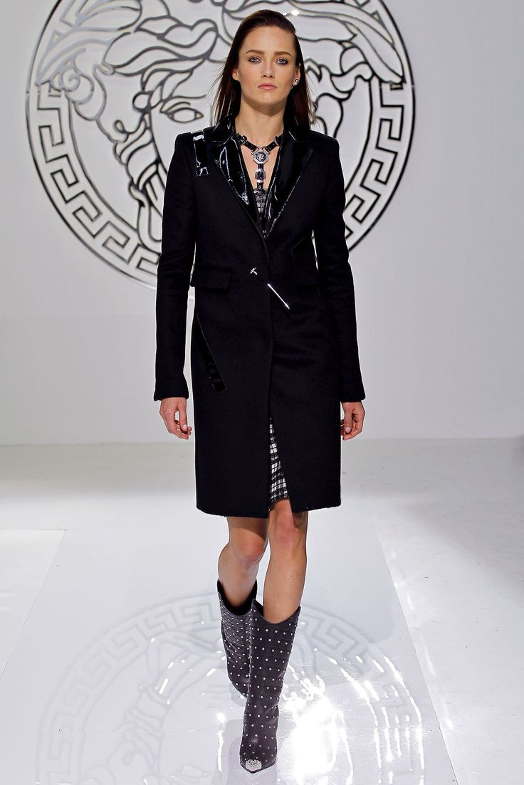chrome hearts online store Versace Fall 2013 Ready to Wear Collection Photos   Vogue