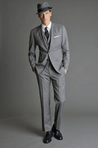 groom in grey : smart