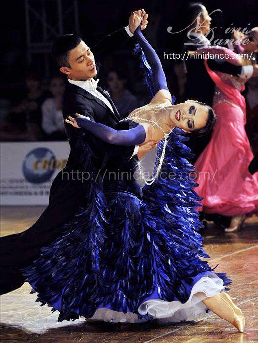社交ダンスウェアNiniDance:D259プロ世界ファイナリストの青羽根裾スポンサードレス