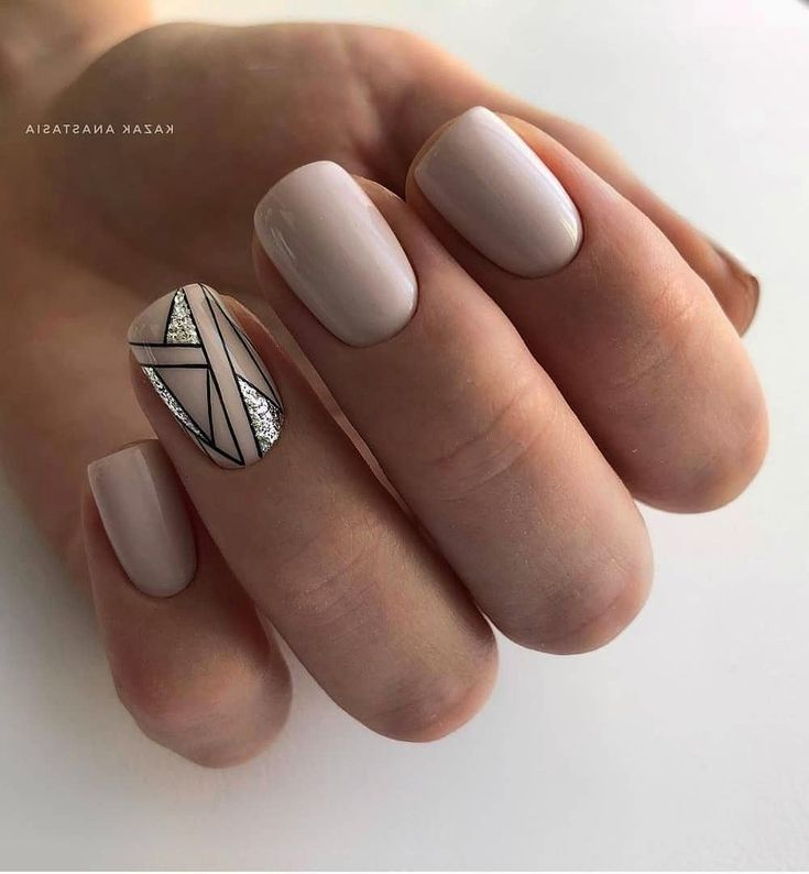 Nail art semplici: le più belle decorazioni per unghie   DiLei