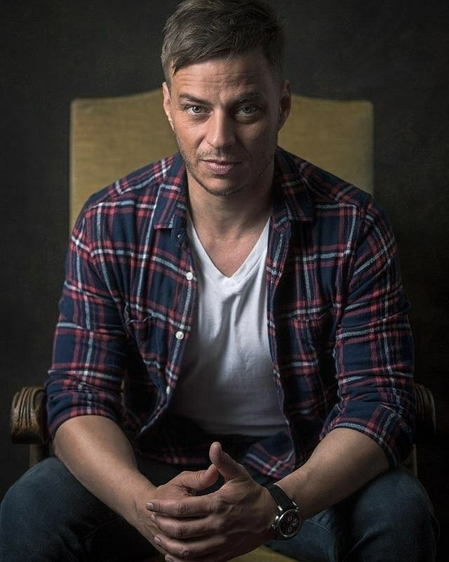 Tom Wlaschiha at MagicCon 2017  @tomwlaschiha @fedconevents #tomwlaschiha #gameofthrones #got #actor #portrait #valarmorghulis #nameless #instadaily #instagood #bravogreatphoto #battlefield1 #actorslife #photographer #lovemyjob #dornhoefer #photooftheday #man  From @dornhoeferphotography IG