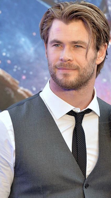 Pin By Vence On Chris Hemsworth Is Hot In 2019 Chris