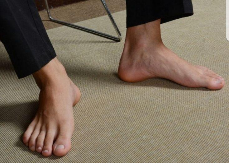 gay feet para