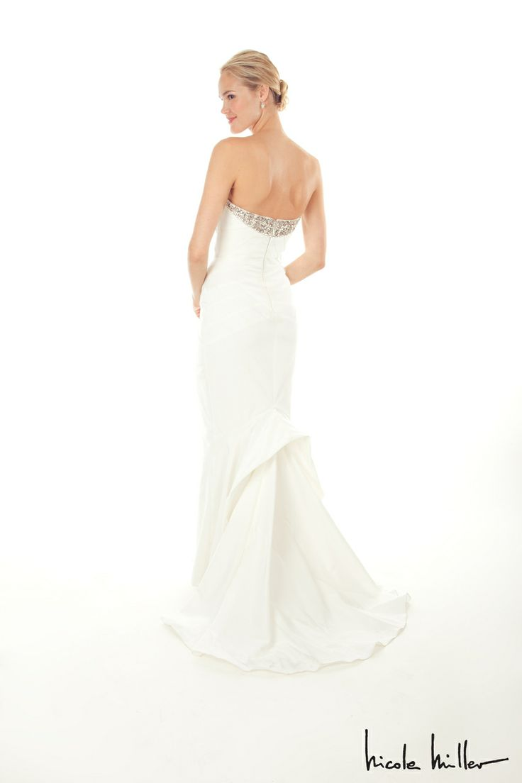 1000  images about Nicole Miller Bridal Dresses on Pinterest ...