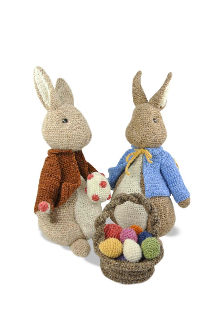 Amigurumi Peter Rabbit : 420 best images about crocheted bunnies on Pinterest