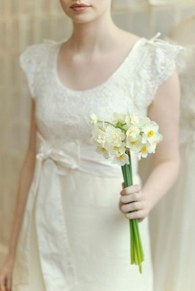 Love the dress and the jonquil boquet