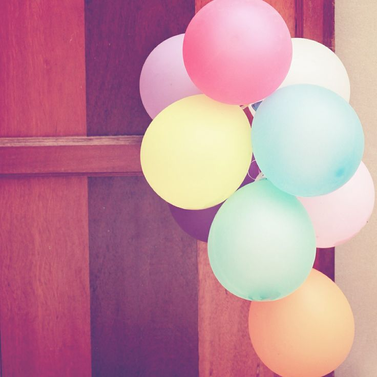 Balloons wallpaper | #wallpaper #retro