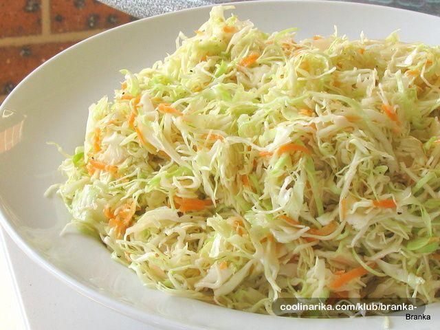 Salate od piletine i povrca