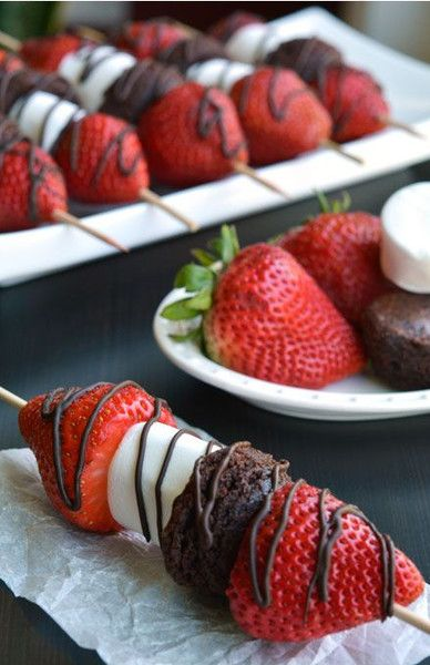 Strawberry Brownie Skewers - Easy Party Food Ideas - Photos