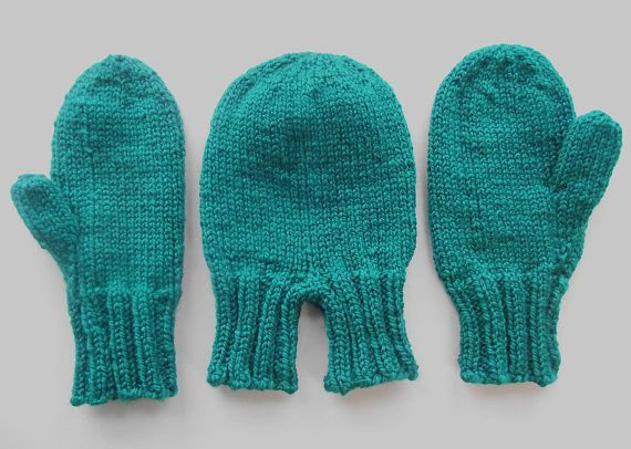 Set of man's and wife's mittens. Mittens set. Gloves set. Mittens set for a couple. Knitted mittens. Wool mittens. ioCA423Pl