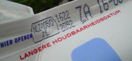 Houdbaarheidsdatum:THT staat voor Ten minste Houdbaar Tot, Dit is een kwaliteitsgarantie, na die tijd kan het product nog geconsumeerd worden, de smaak kan minder worden.  Producten welke langer houdbaar zijn dan vijf dagen hebben een THT-datum, zoals chips, koekjes, koffie en frisdrank.
