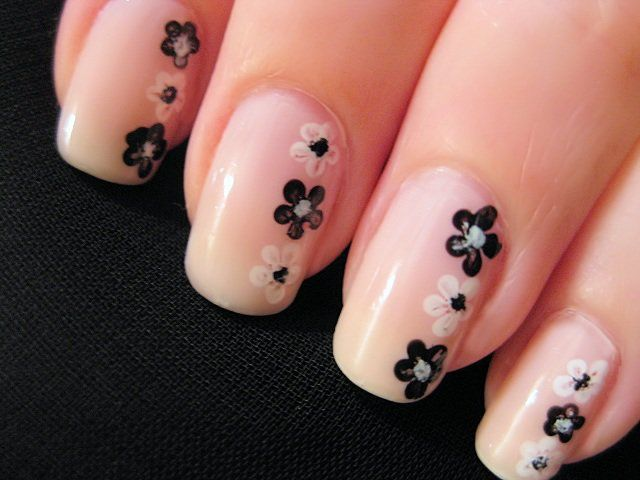 Flower Nail Art  Credits: CutePolish