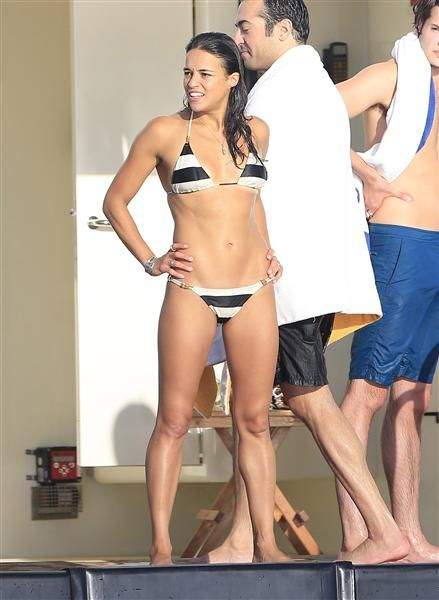 Work it, Michelle Rodriguez. See more beach style on Wonderwall: http://on-msn.com/1xHuswM